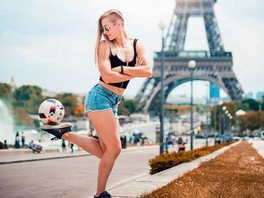 Dukung Griezmann Cs? Sekalian Kenalin Melody Freestyler Cantik Prancis