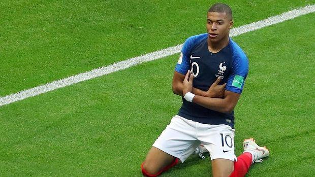 Kylian Mbappe mencetak gol saat Prancis mengalahkan Argentina 4-3.