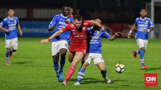 Marko Simic dimainkan saat Persija mengalahkan Persib 1-0. (