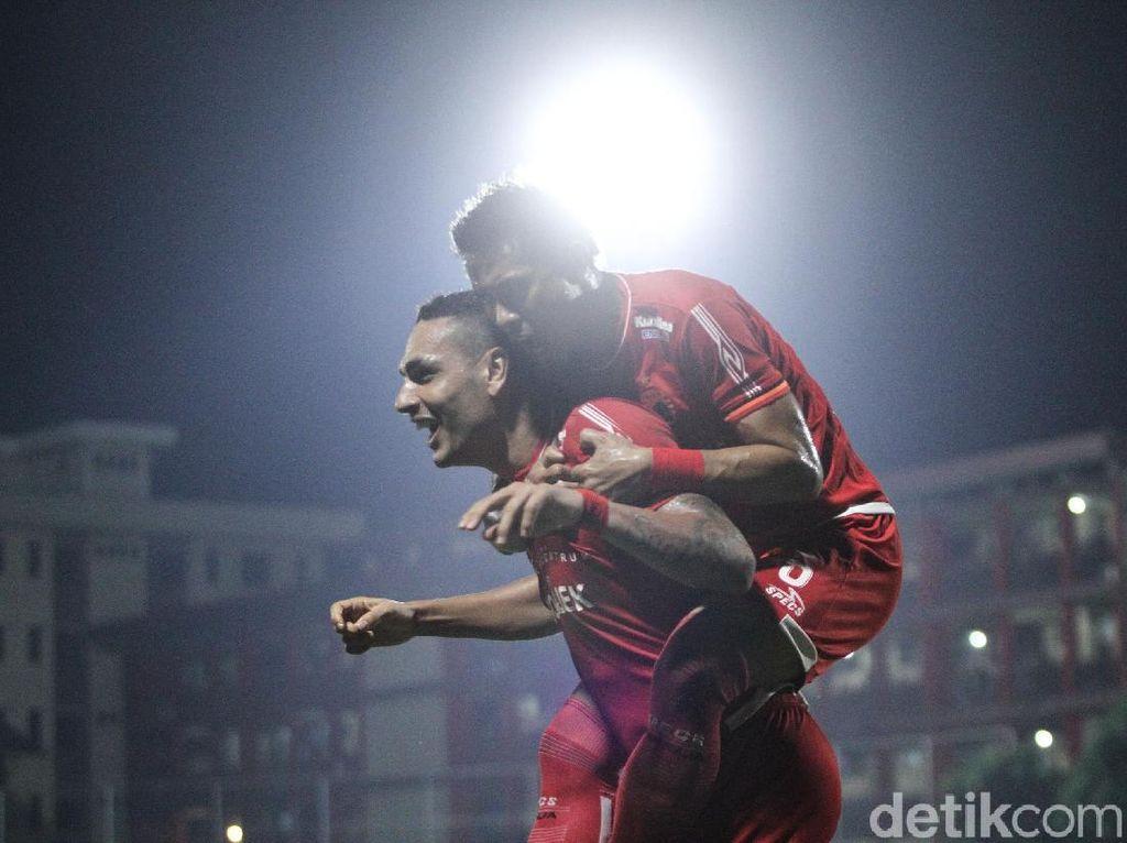 Gol Salto Jaimerson Menangkan Persija atas Persib