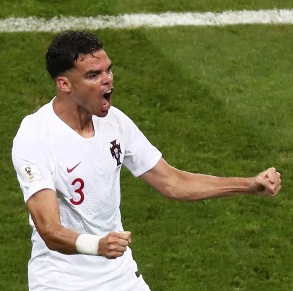 Setelah 12 Tahun Berpetualang, Pepe Kembali ke Porto