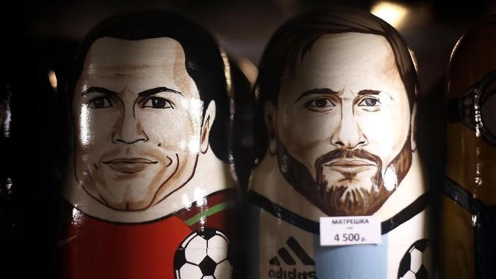 Tak ada lagi Lionel Messi dan Cristiano Ronaldo di Piala Dunia 2018 (Ryan Pierse/Getty Images)