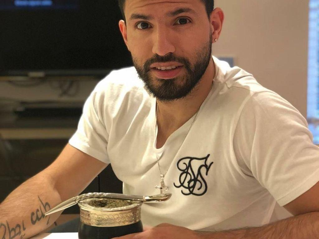 Striker Handal, Sergio Aguero Ternyata Pecinta Teh Mate Sejati!