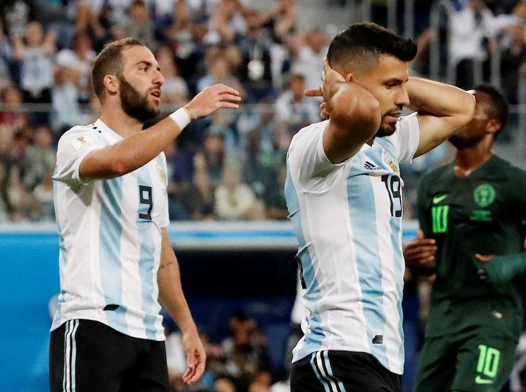 Messi + Aguero + Higuain + Dybala = 6 Gol (Saja)