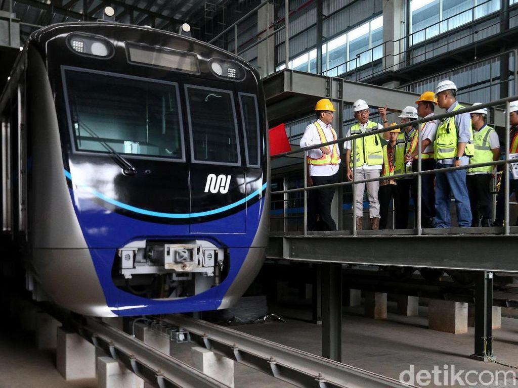 Naik MRT Jakarta Bisa Pakai Uang Elektronik Hingga QR Code