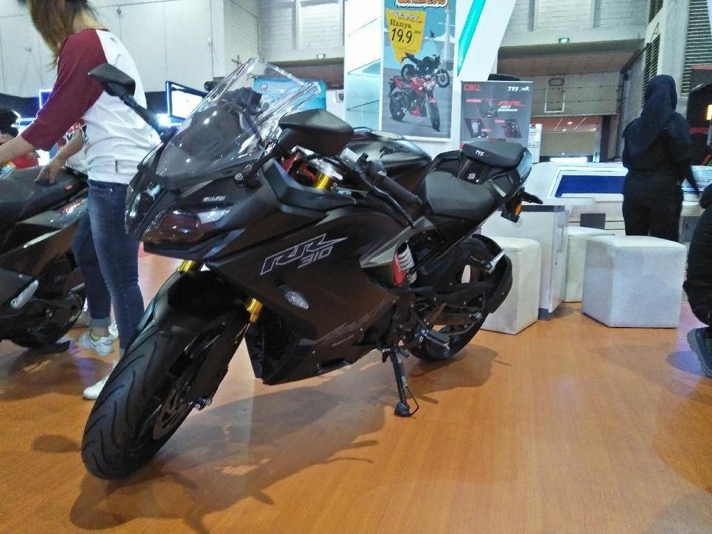 Motor Hasil Kawin Silang TVS dan BMW Mejeng di Jakarta