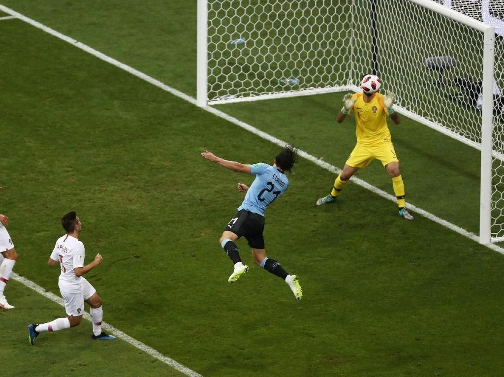 Cavani Bawa Uruguay Ungguli Portugal