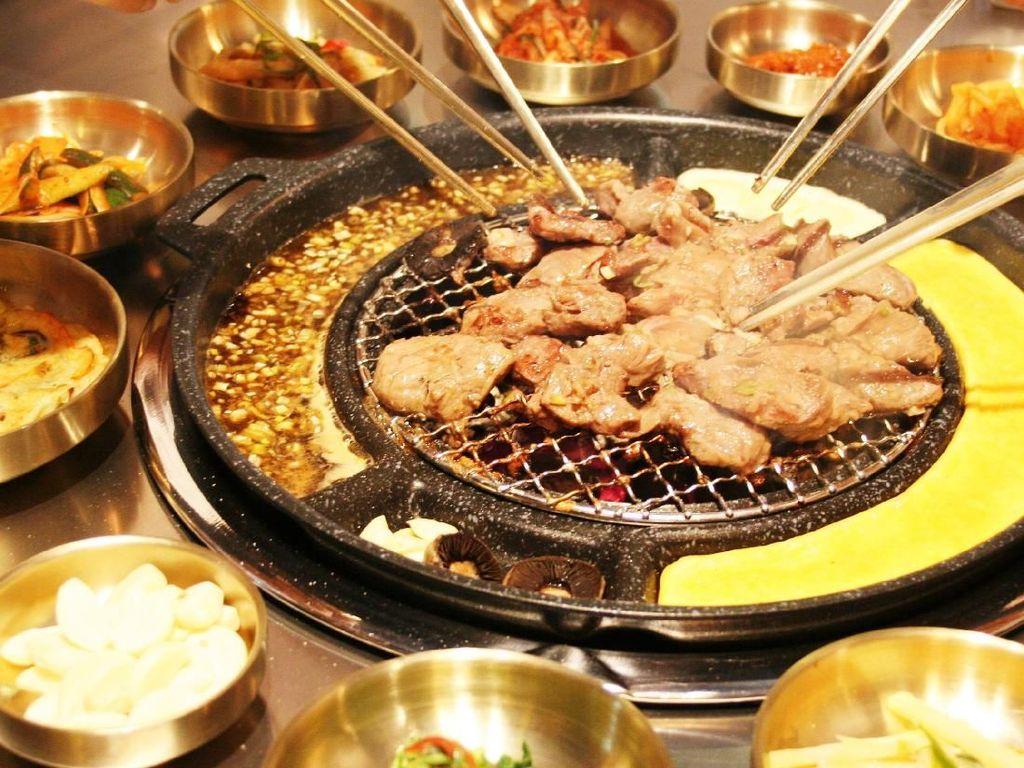 Siang Ini Enaknya Makan BBQ Korea yang Empuk Juiciy di Sini