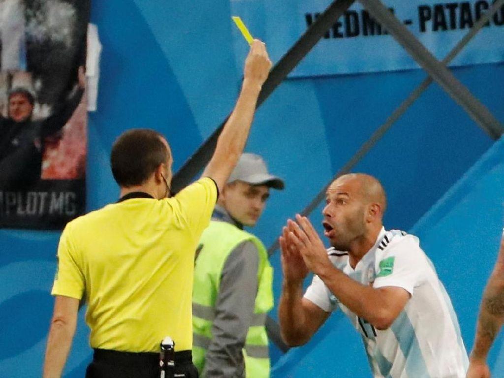 Sebelum Pensiun dari Timnas, Mascherano Ukir Rekor di Piala Dunia