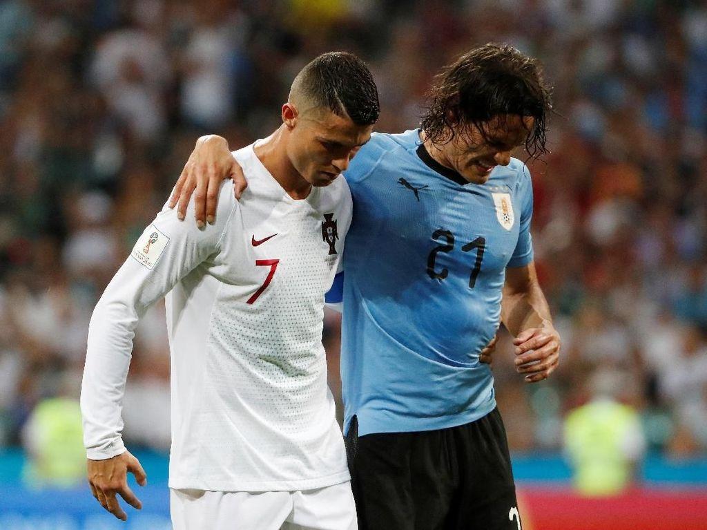 Ini Momen Ronaldo Bantu Cavani