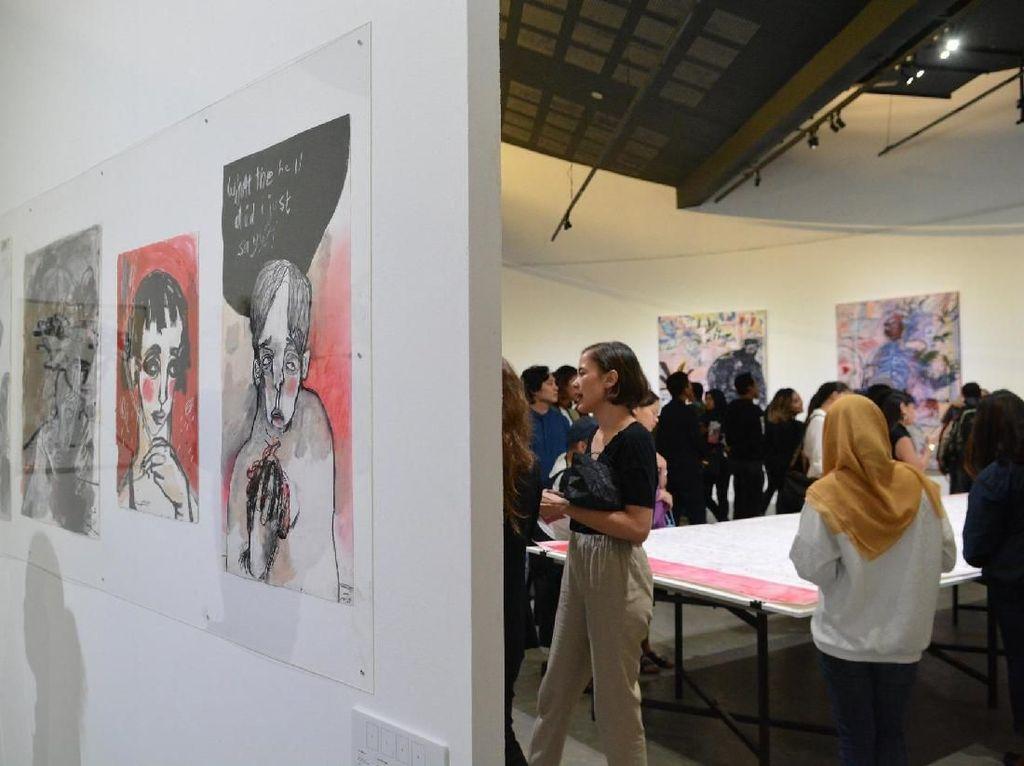 Grotesk: Garis Bebas dan Nyeleneh di Karya Natisa Jones