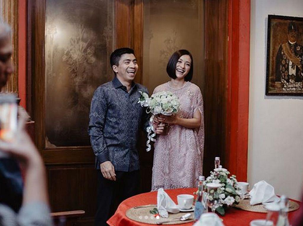 Lolita Agustine dan Beno Resmi Menikah