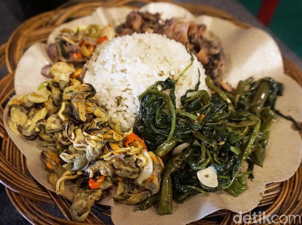 Kenyang Makan Sajian Rumahan di 5 Warteg Kekinian di Jakarta