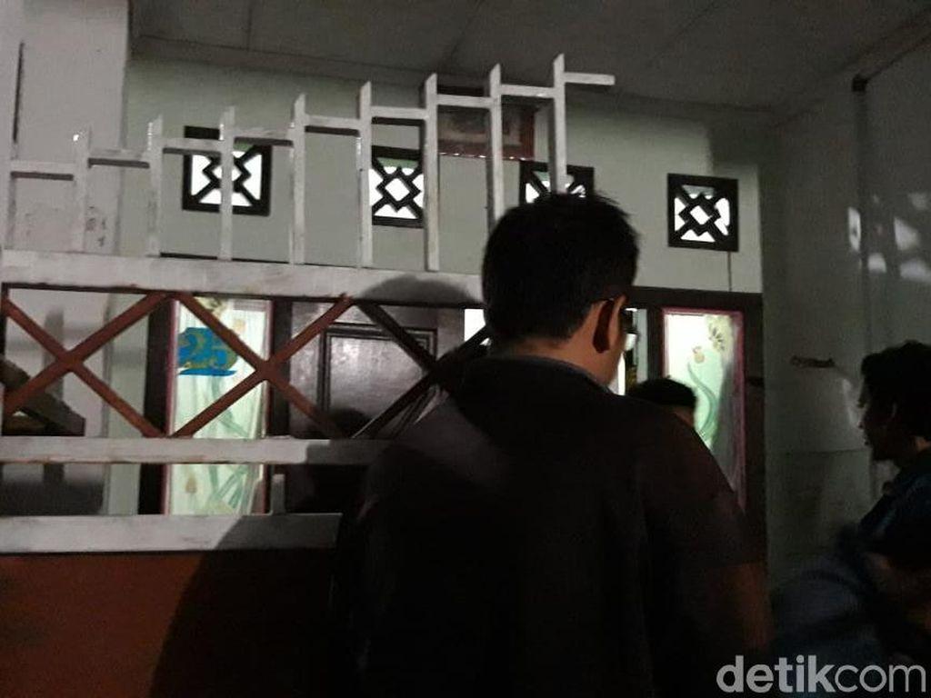 Seorang Mahasiswa Surabaya Ditemukan Gantung Diri di Kosnya