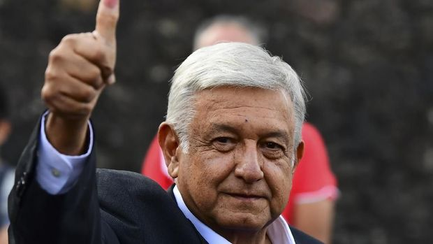 Kandidat presiden Meksiko Andres Manuel Lopez Obrador b
