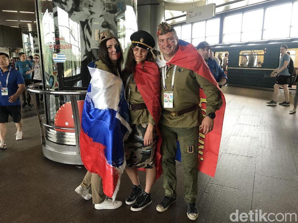 Bahkan Fans Rusia Tak Mengira Timnya Menang atas Spanyol