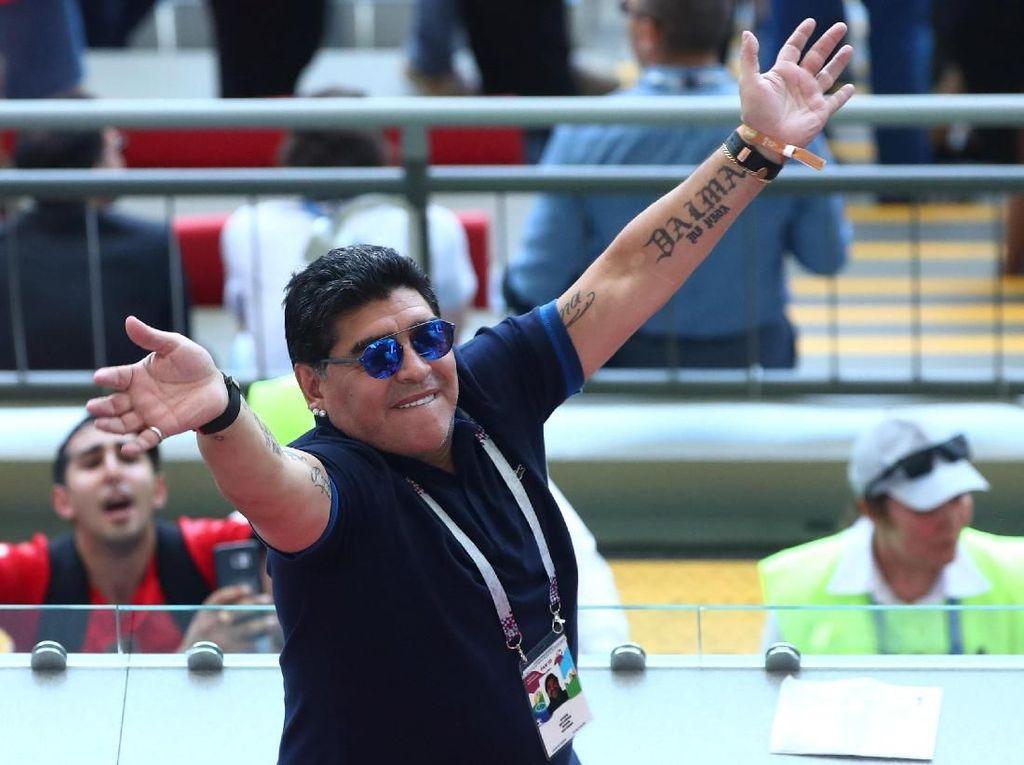 Maradona Minta Maaf Usai Disemprot FIFA