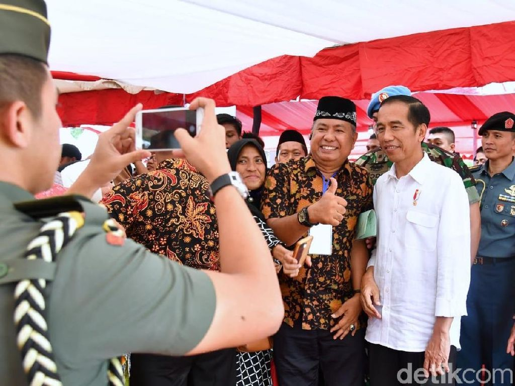 Jokowi: Saya Senang di Parepare, Kota Kelahiran Pak Habibie