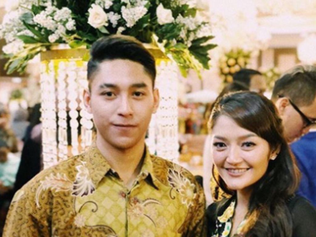 Pembelaan Suami Usai Siti Badriah Dibully karena Hijab