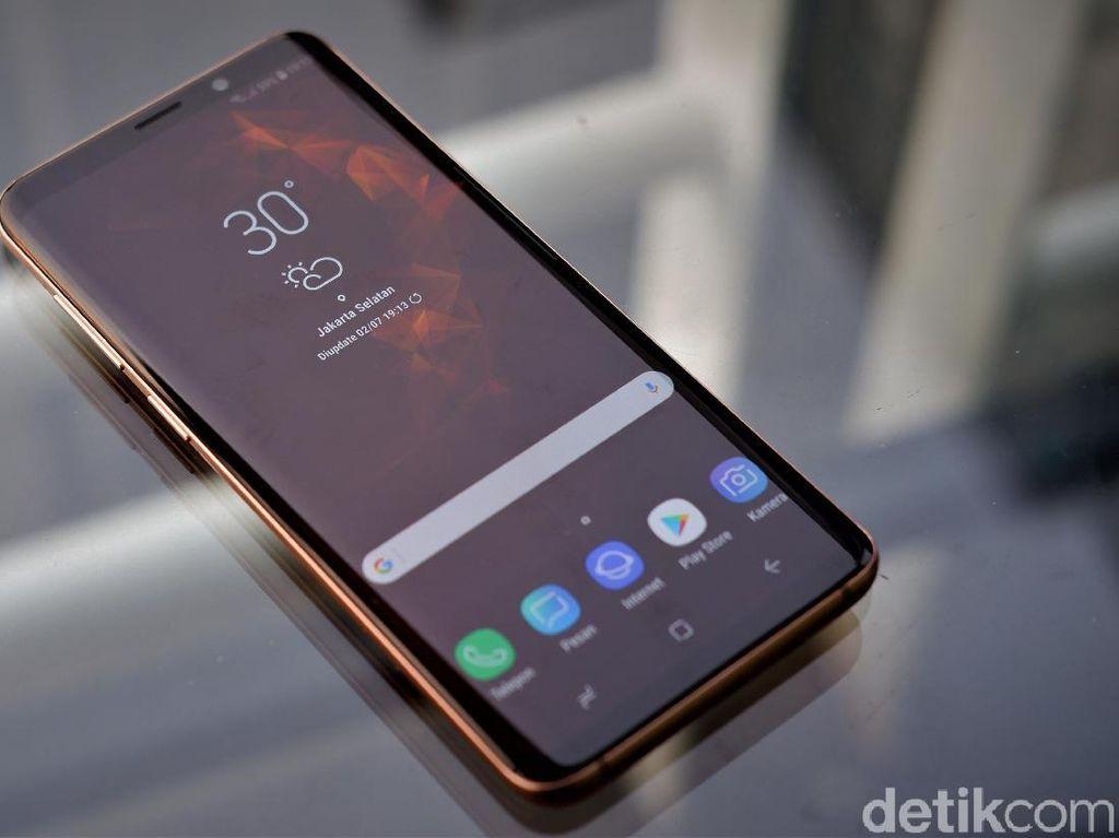 Iklan Samsung Lagi-lagi Ejek iPhone