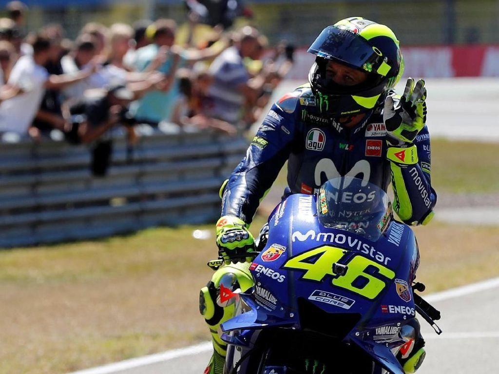 Stoner: Rossi Masih Nomor 1 jika Kendali Motor Sepenuhnya di Rider