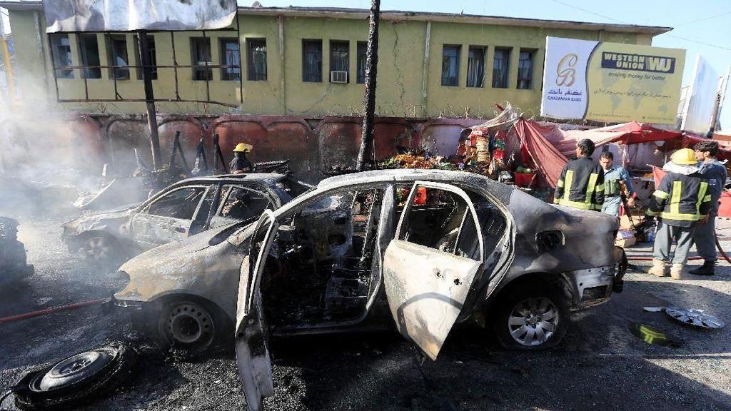 Ledakan Bom Bunuh Diri di Afghanistan Tewaskan 19 Orang
