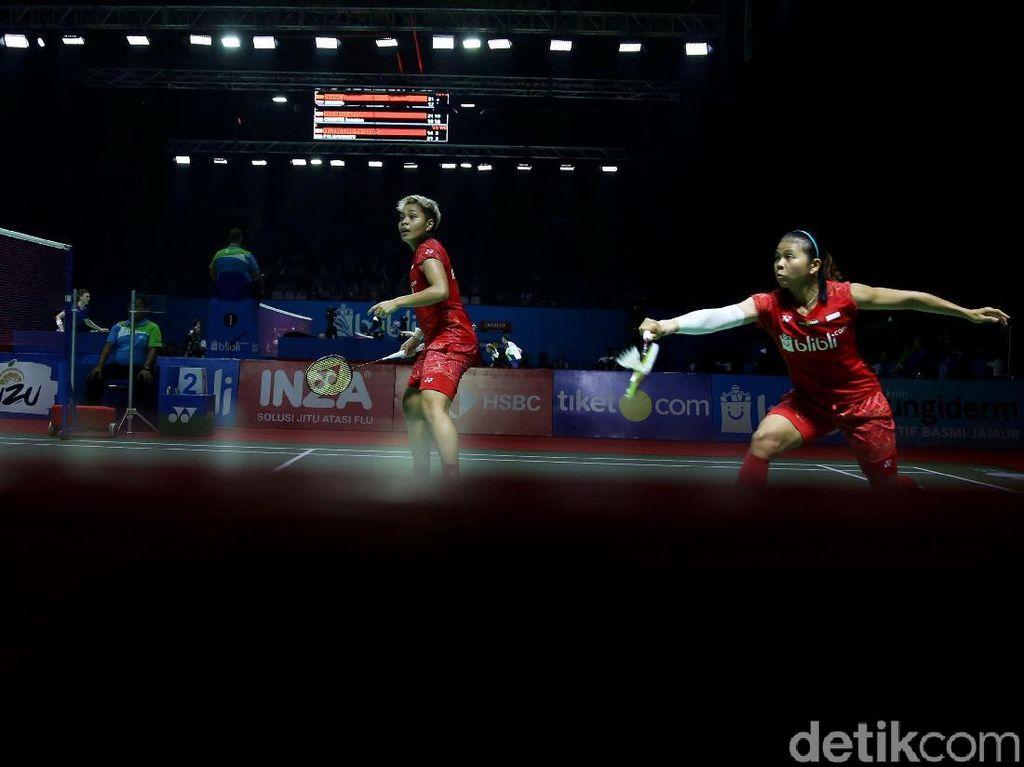 Singkirkan Unggulan Pertama, Greysia/Apriyani Jejak Semifinal