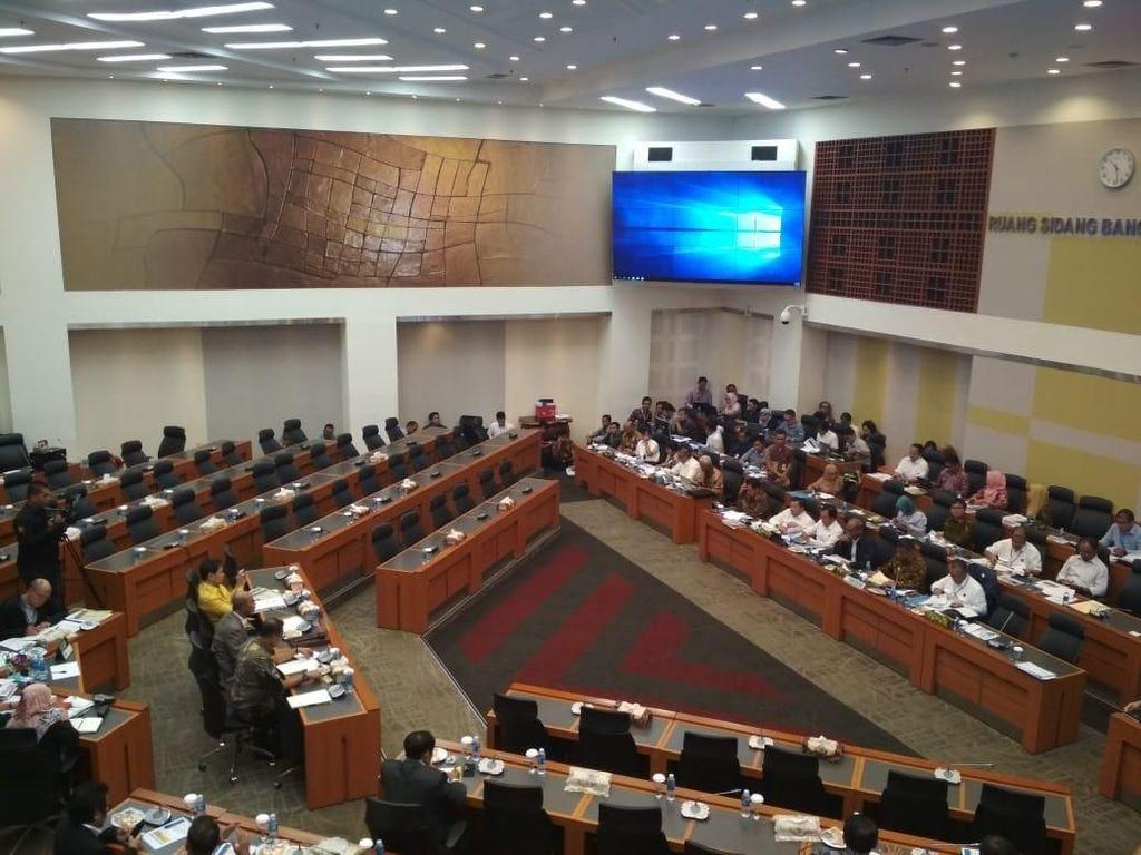 Banggar Lanjut Bahas Penerimaan Migas dan Subsidi Energi 2019