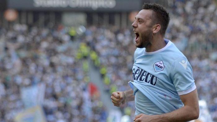 Stefan de Vrij dikontrak Inter Milan hingga 2023 setelah meninggalkan Lazio (Foto: Marco Rosi/Getty Images)