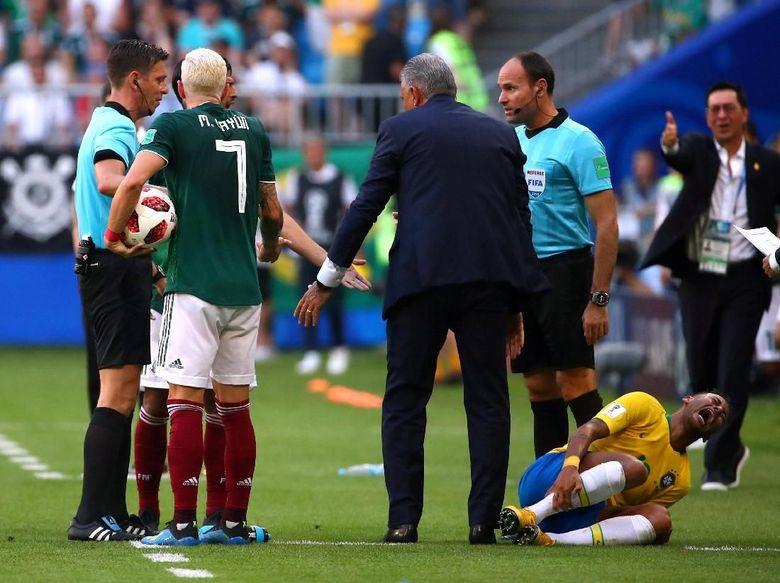 Akting Neymar Bikin Pelatih Meksiko Jengkel
