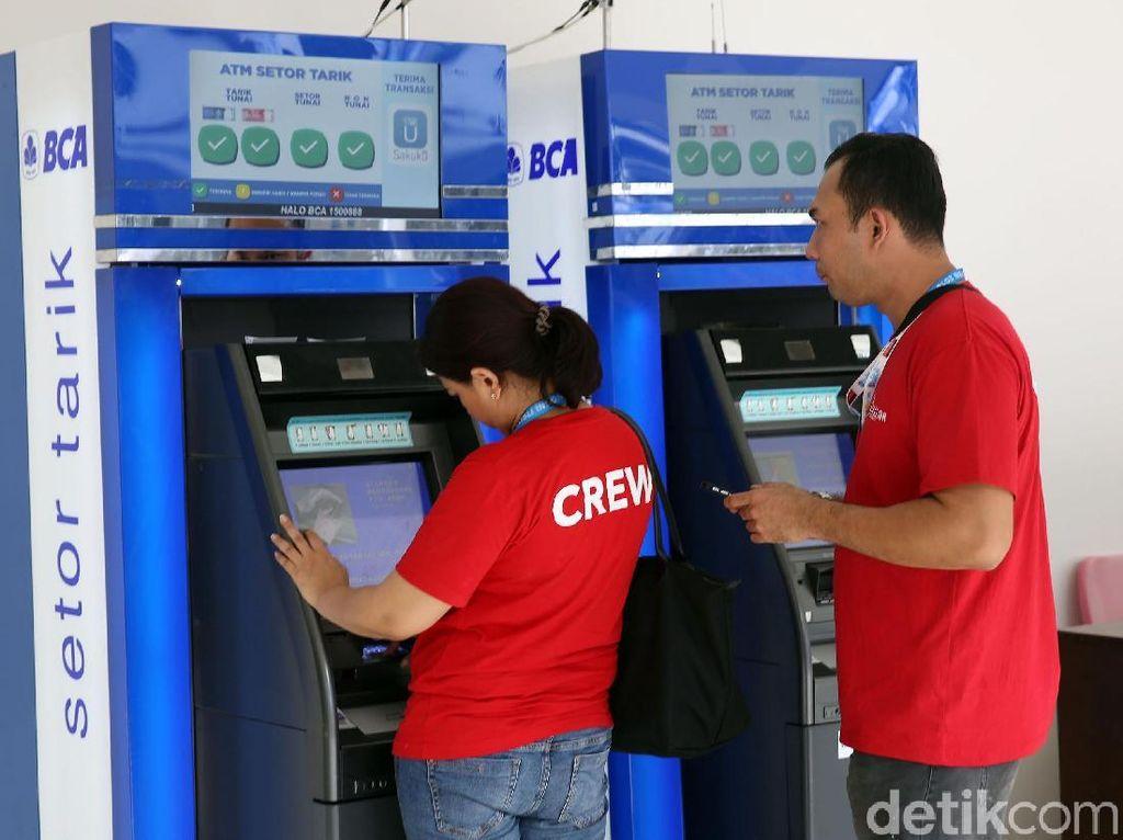 Bank Mana yang Pertama Punya Mesin ATM Setor Tarik?