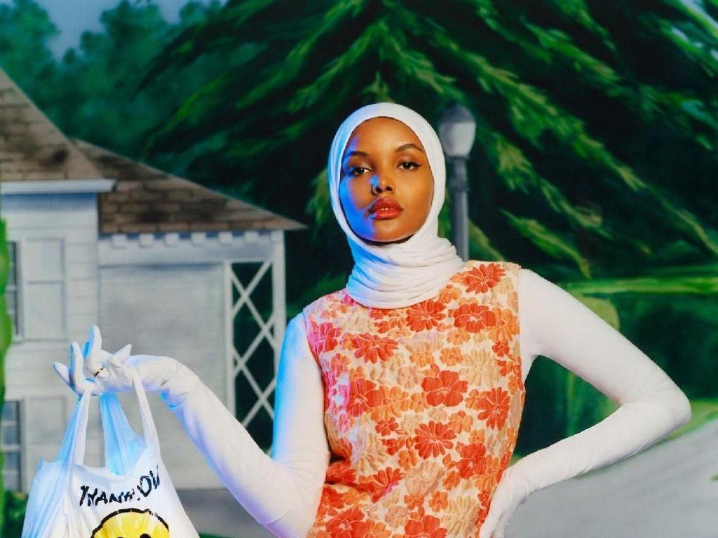 International Womens Day, Ini 7 Quotes Inspiratif Halima Aden untukmu