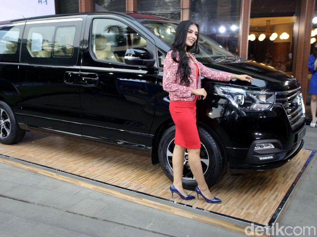 Demam Piala Dunia, Hyundai Segarkan MPV H-1