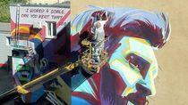 Mural Messi vs Ronaldo, Mana yang Lebih Oke?