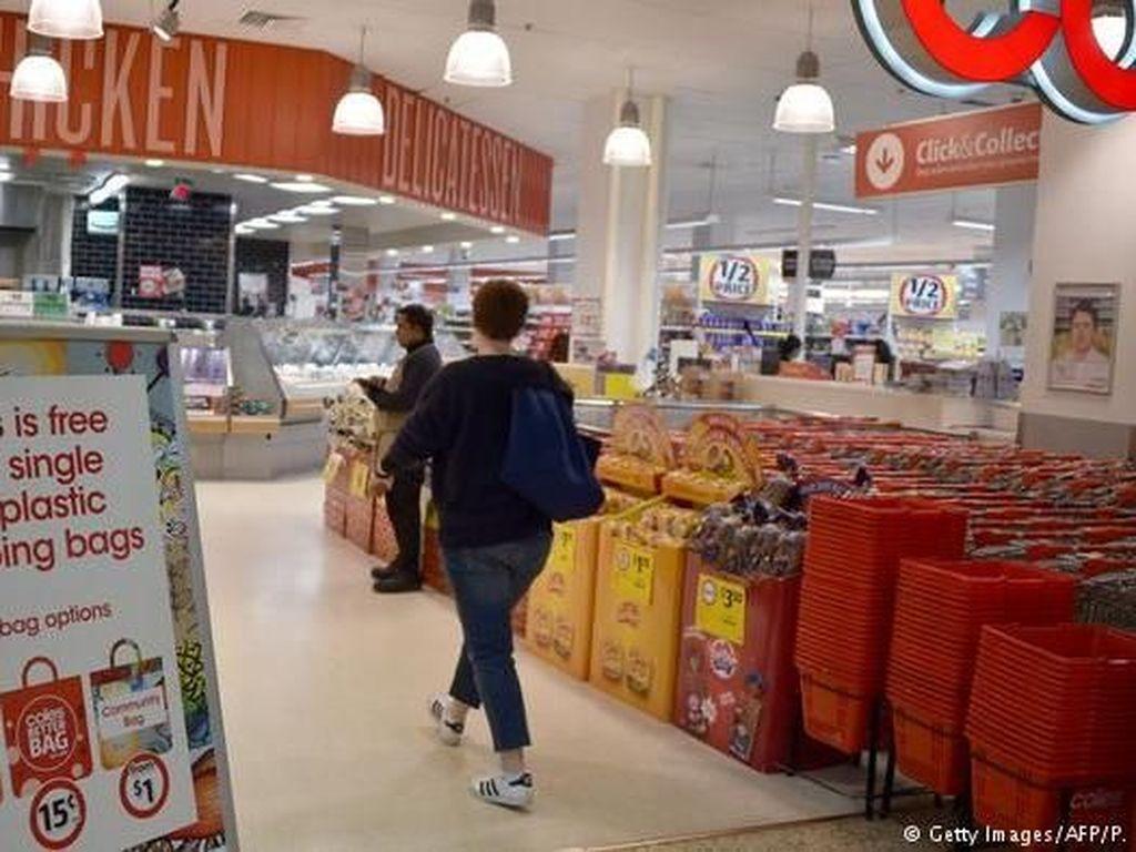 Tidak Dapat Kantong Plastik Gratis, Pembeli di Australia Mengamuk