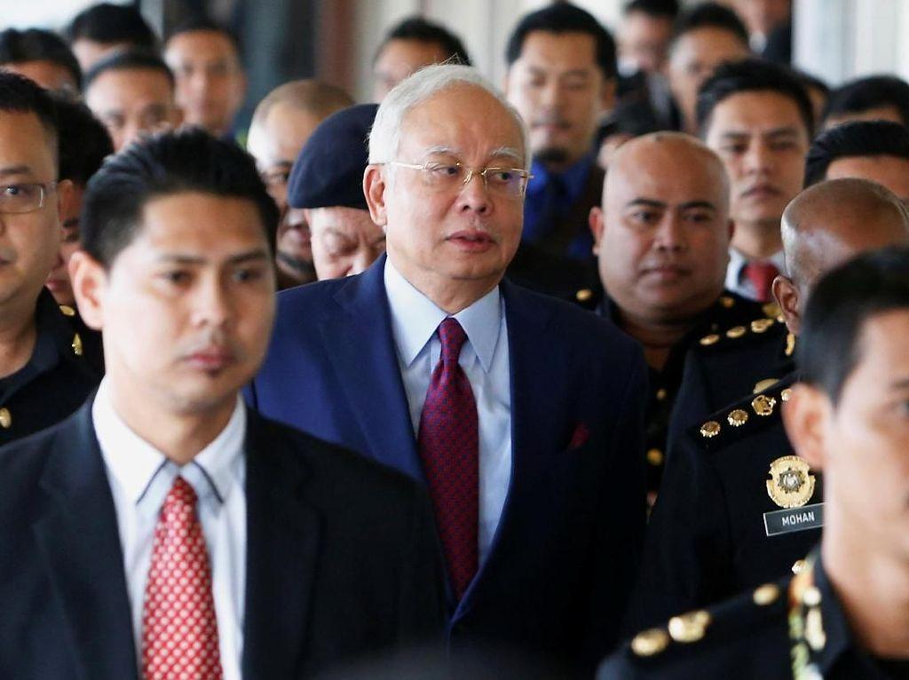Pengadilan Larang Sementara Media Publikasi Polemik Kasus Najib