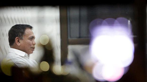 Irwandi Yusuf, Mantan Petinggi GAM yang 'Tersungkur' di KPK