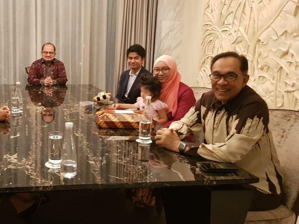 Megawati Makan Malam Bersama Anwar Ibrahim, Begini Suasananya