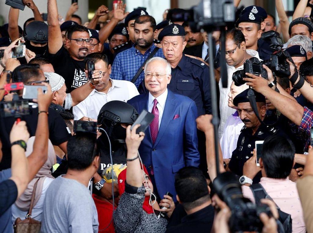 Baru Bayar Separuh Uang Jaminan, Najib Telah Pulang ke Rumah