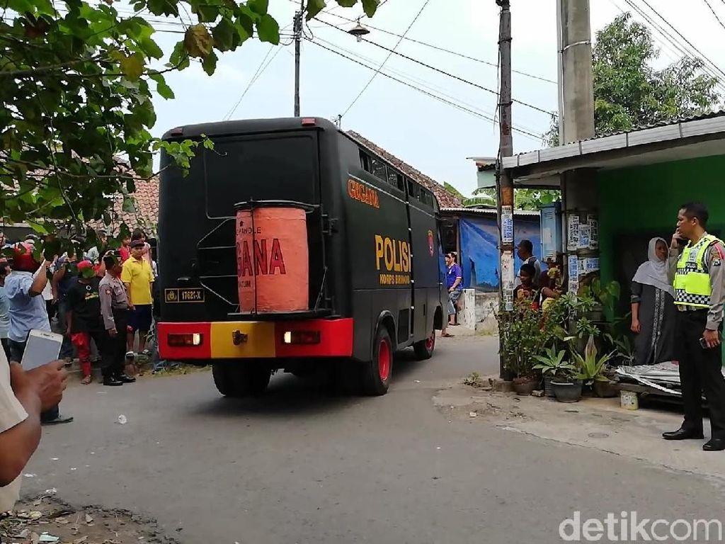 Gegana Diterjunkan ke Lokasi Ledakan Bom di Pasuruan
