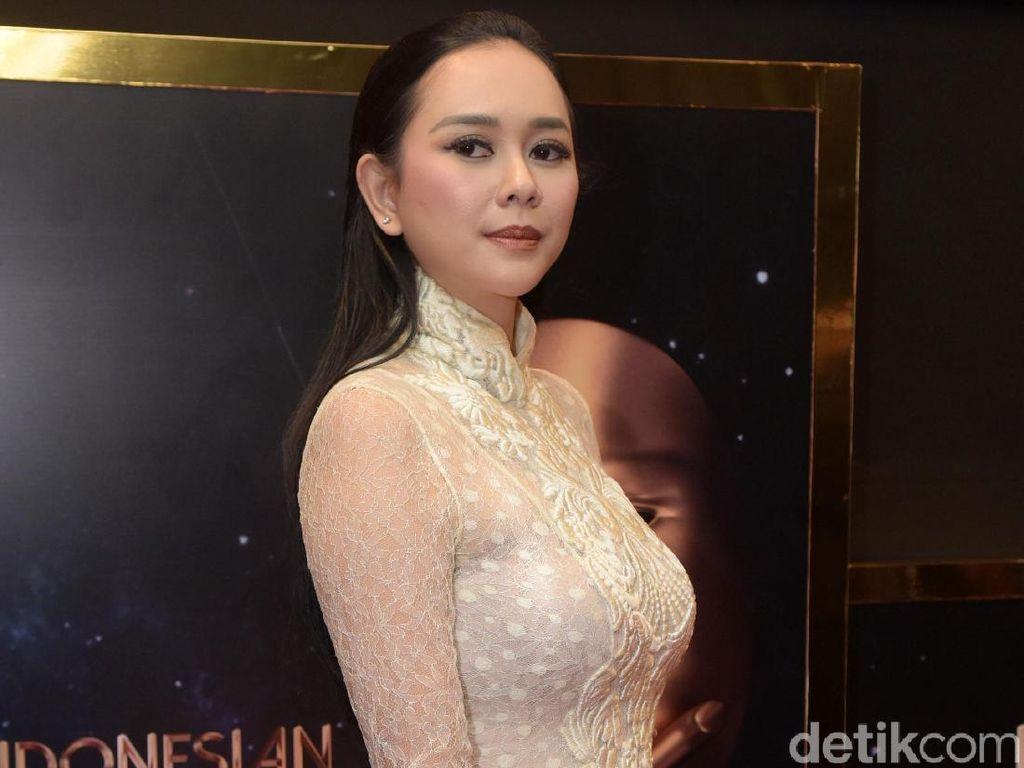 Aura Kasih Buka-bukaan, Veronica Tan Masak Buat Anak saat Imlek