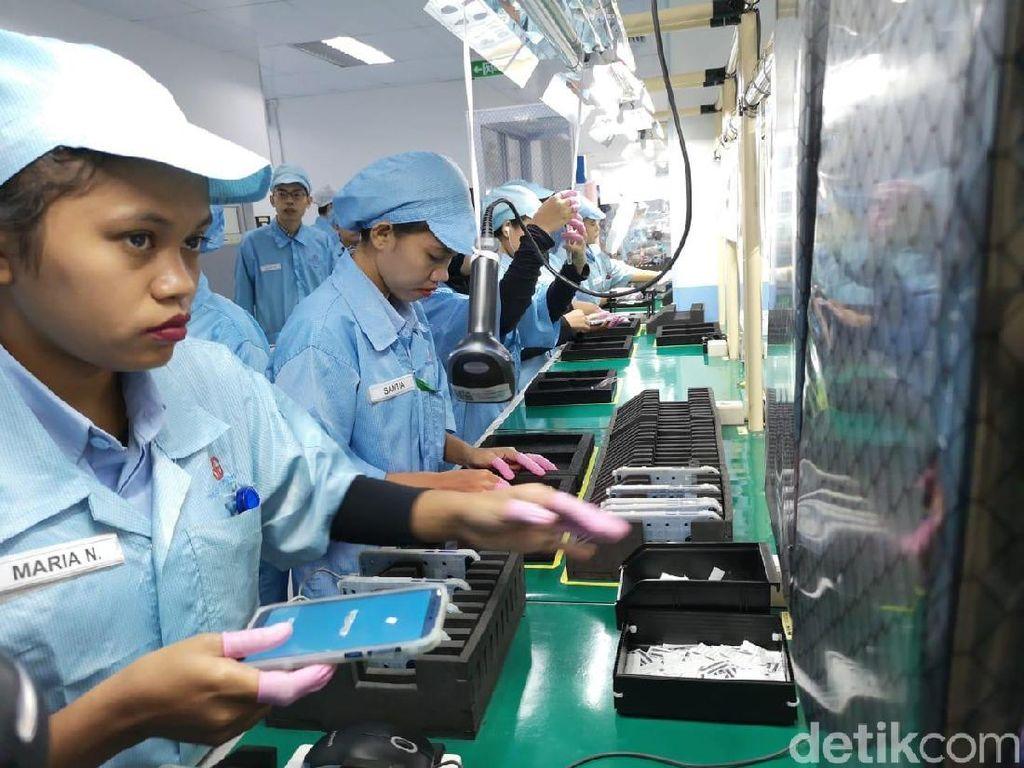 Intip Proses Pembuatan Ponsel Honor di Batam