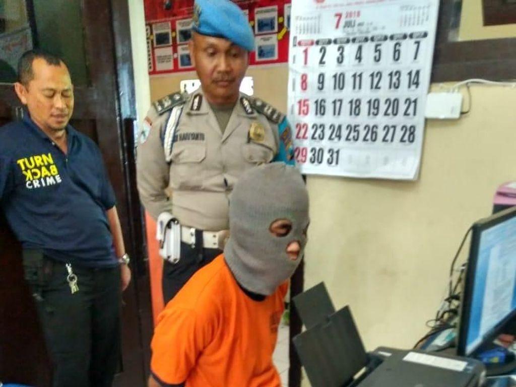 Temukan HP Berisi Foto Syur, Pemuda di Malang Peras Pemiliknya