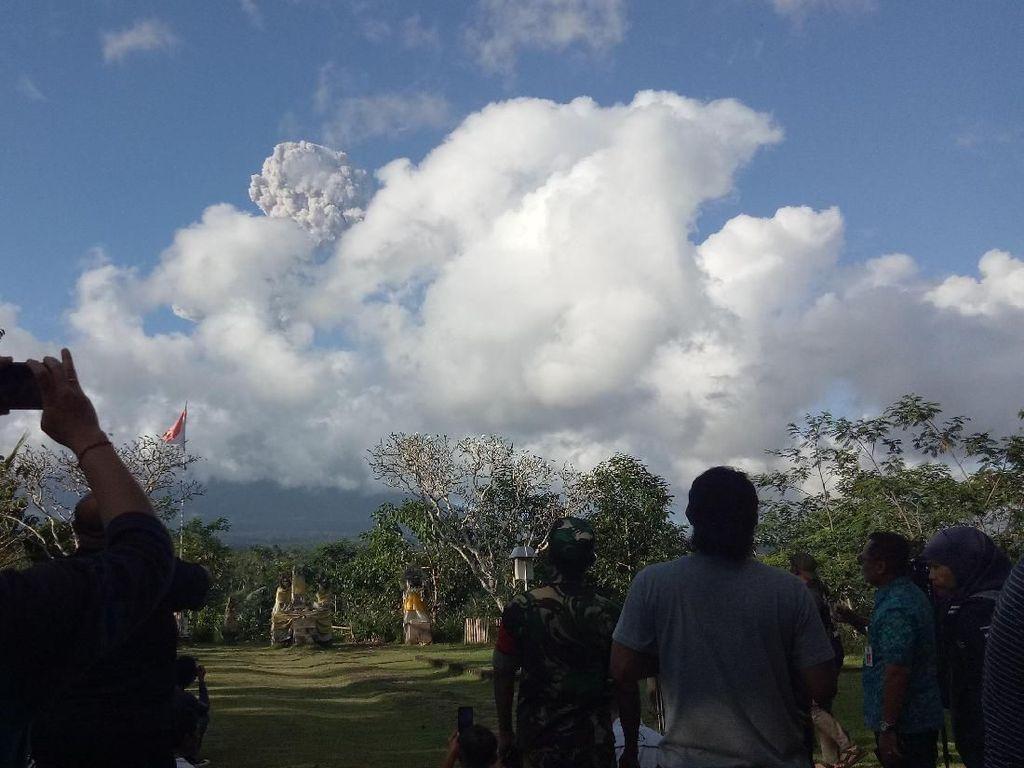 Ketua ASITA Soal Erupsi Gunung Agung: Bali Masih Aman Dikunjungi