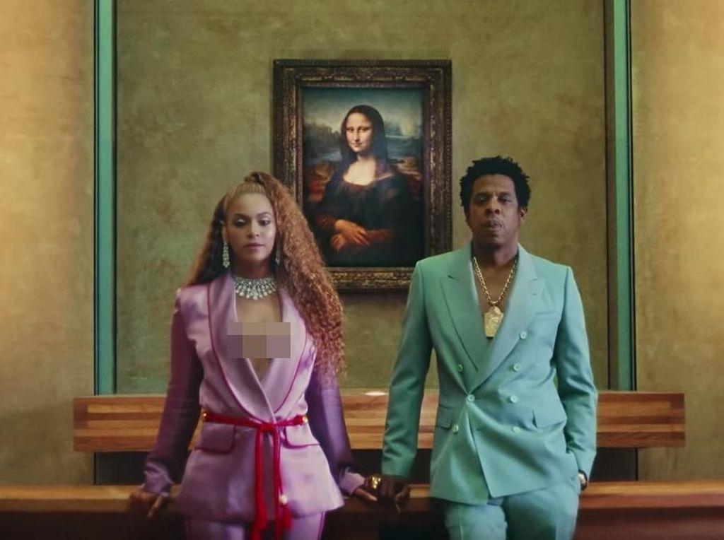 Cara Beyonce dan Jay-Z Hindari Paparazzi: Pake Payung