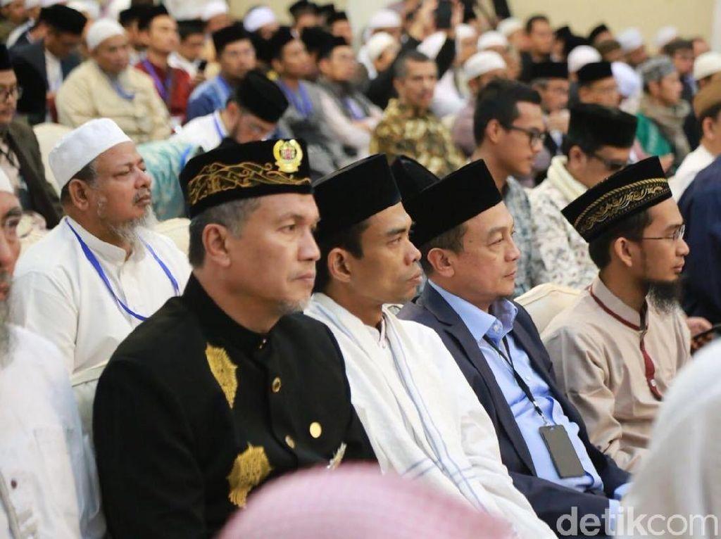 Indonesia Membutuhkan 300 Ribu Ustaz