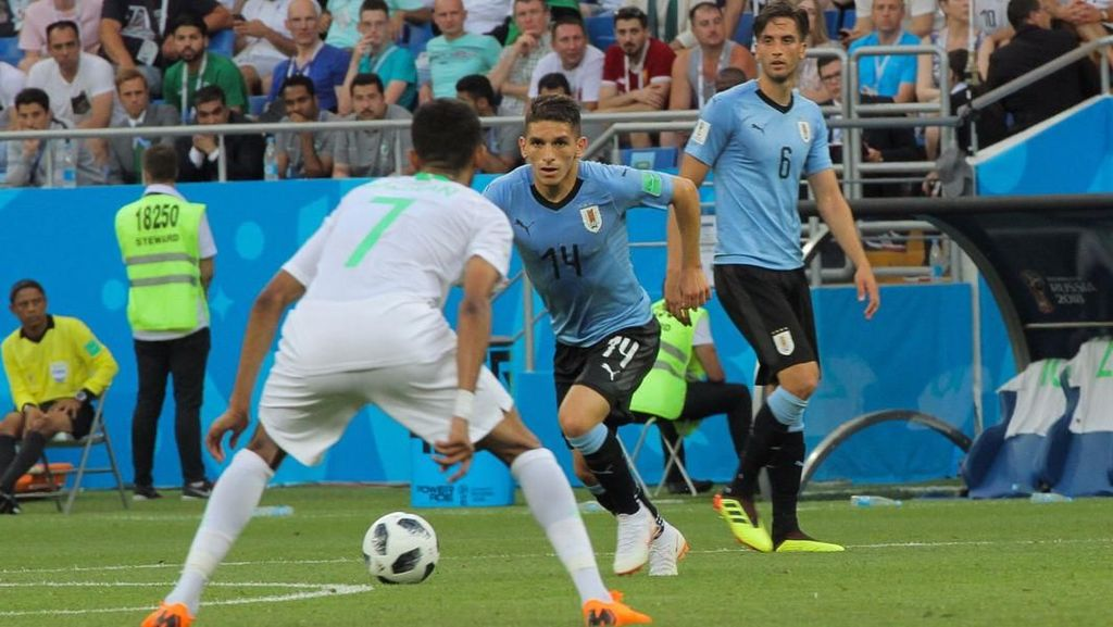 Liburan Cinta Keluarga ala Lucas Torreira, Bintang Sepakbola Uruguay