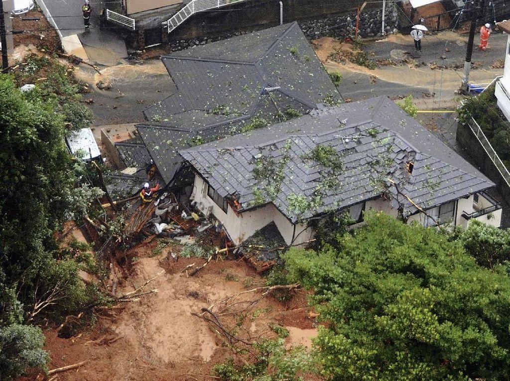 2 Warga Tewas Akibat Banjir dan Longsor di Jepang