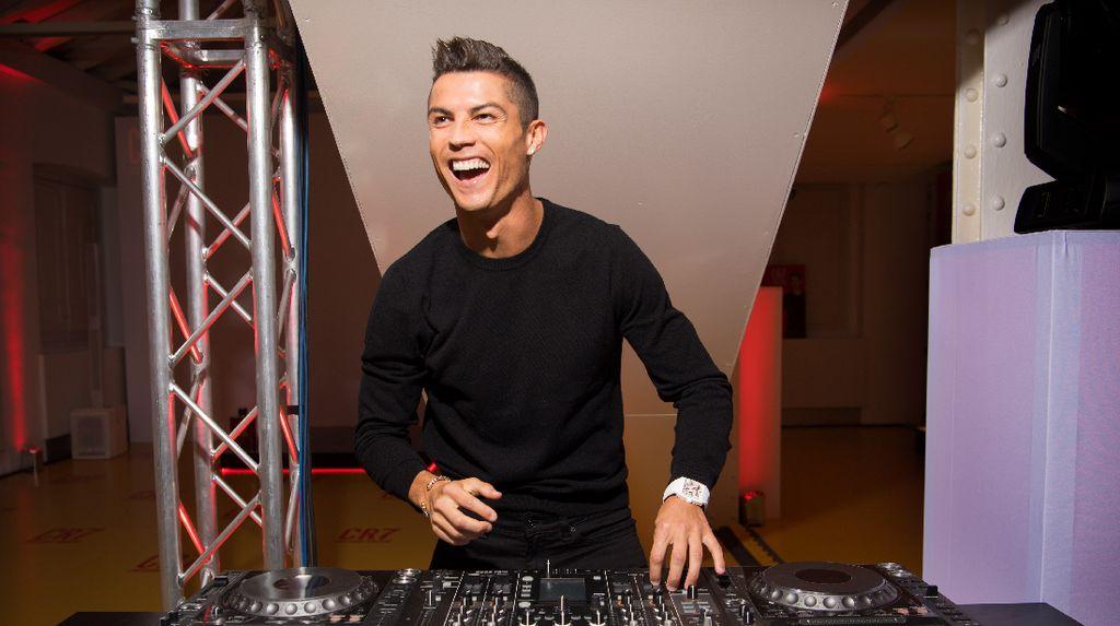 Pindah ke Juve, Ini Pilihan Mobil Mewah Baru Buat Ronaldo