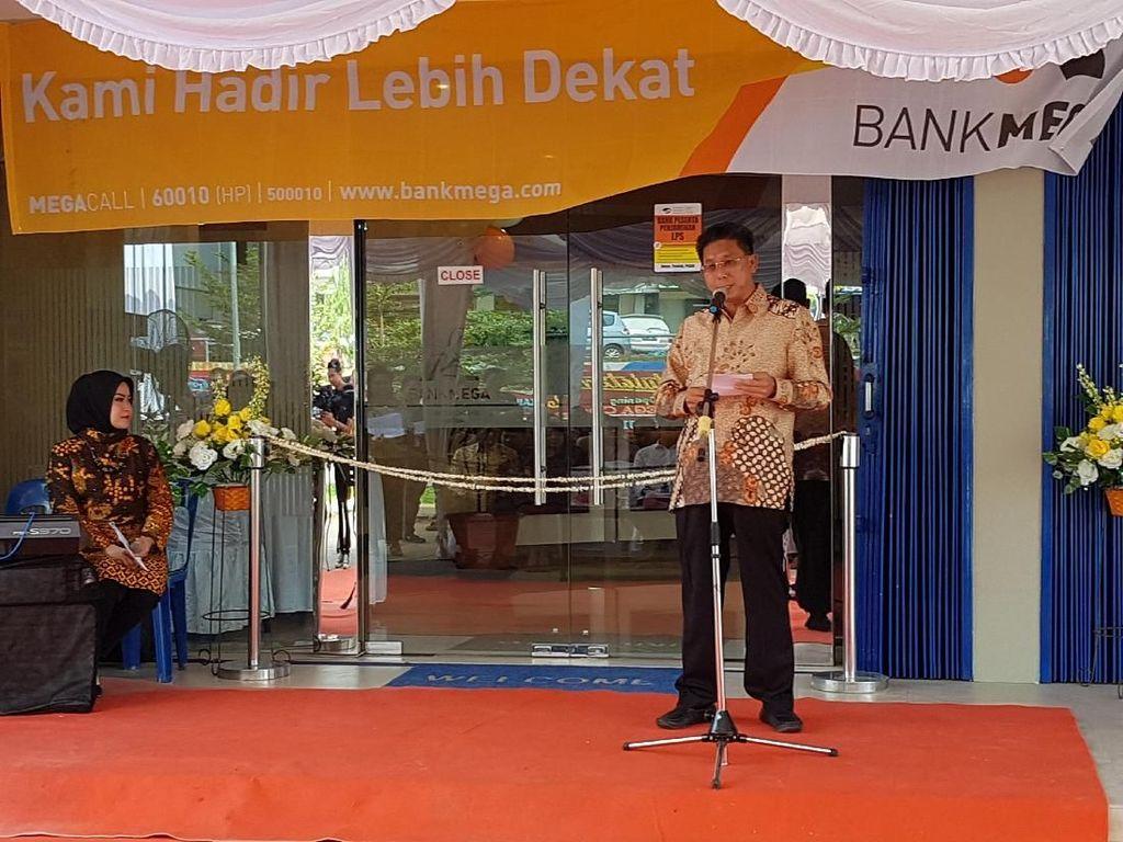 Bank Mega KC Batam Resmi Pindah ke Gedung Baru